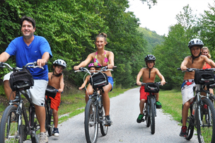 Family biking the trails in Carbon County
