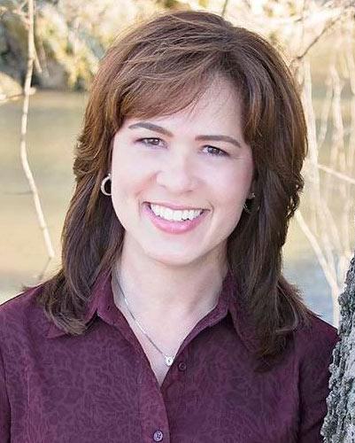Cleburne Chamber of Commerce Ambassador Dawn Johnson
