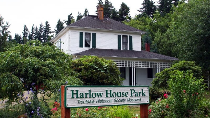 The Harlow House in Troutdale Oregon