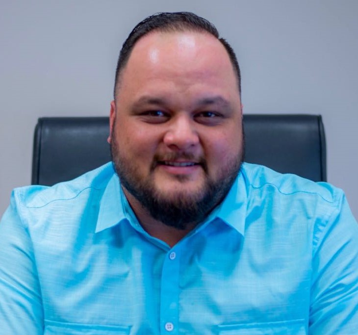 Shayne Villanueva Headshot