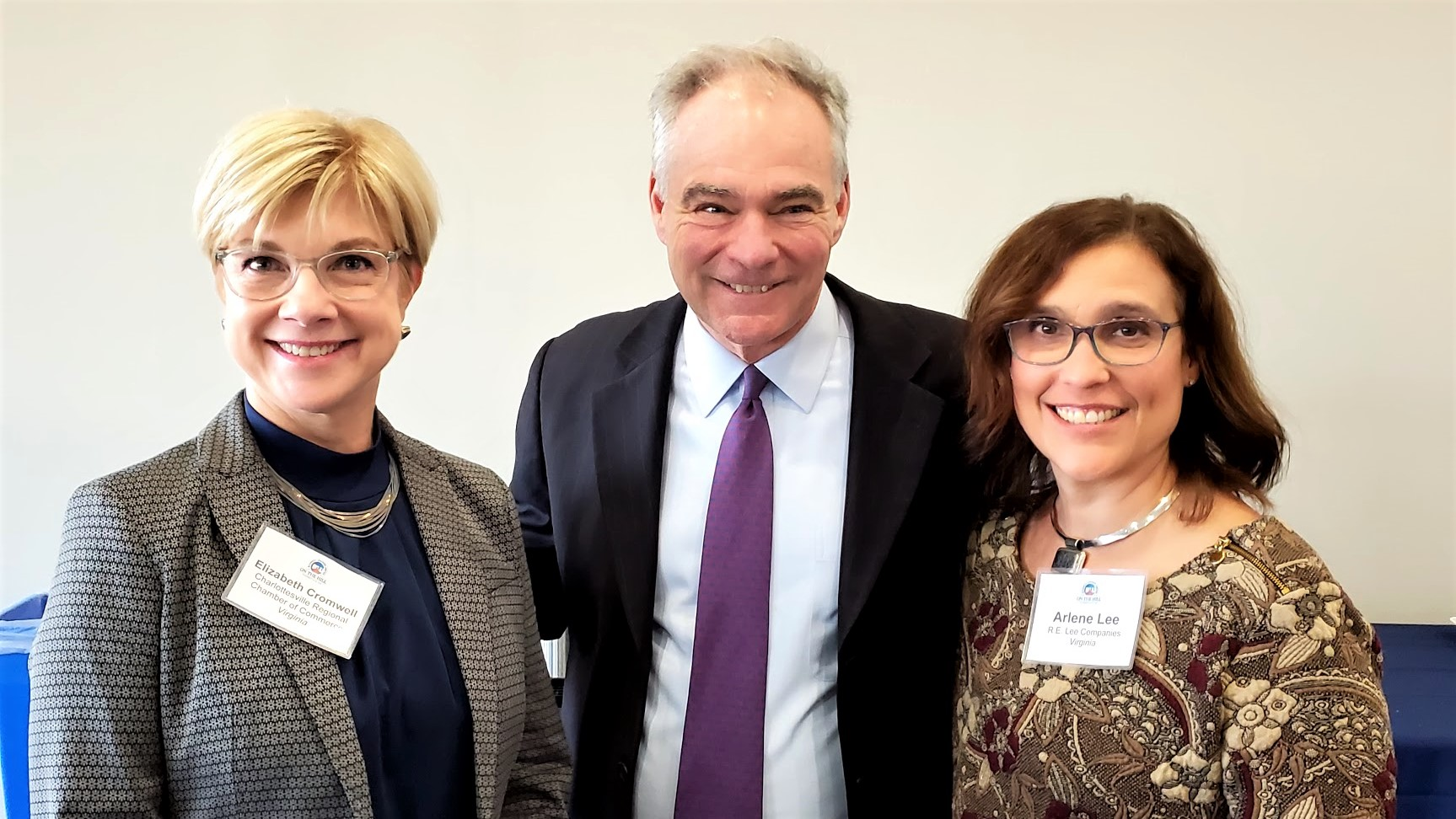 Elizabeth Cromwell and Arlene Lee with Senator Tim Kaine