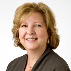 Patricia Cluff Headshot (2)