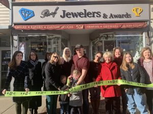 Roof Jewelers & Awards Ribbon Cutting