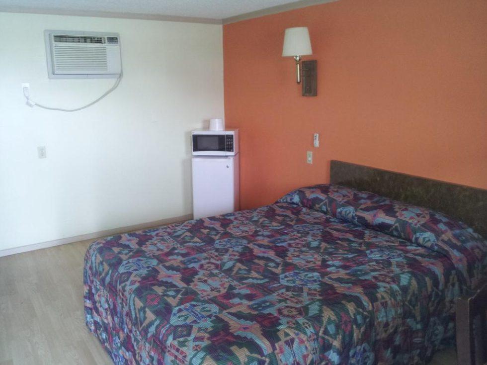 Mustang Motel Room 2