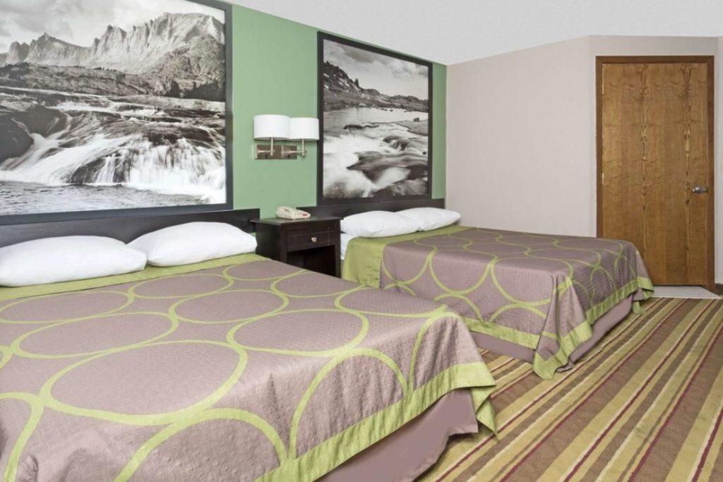 Super 8 Room 3