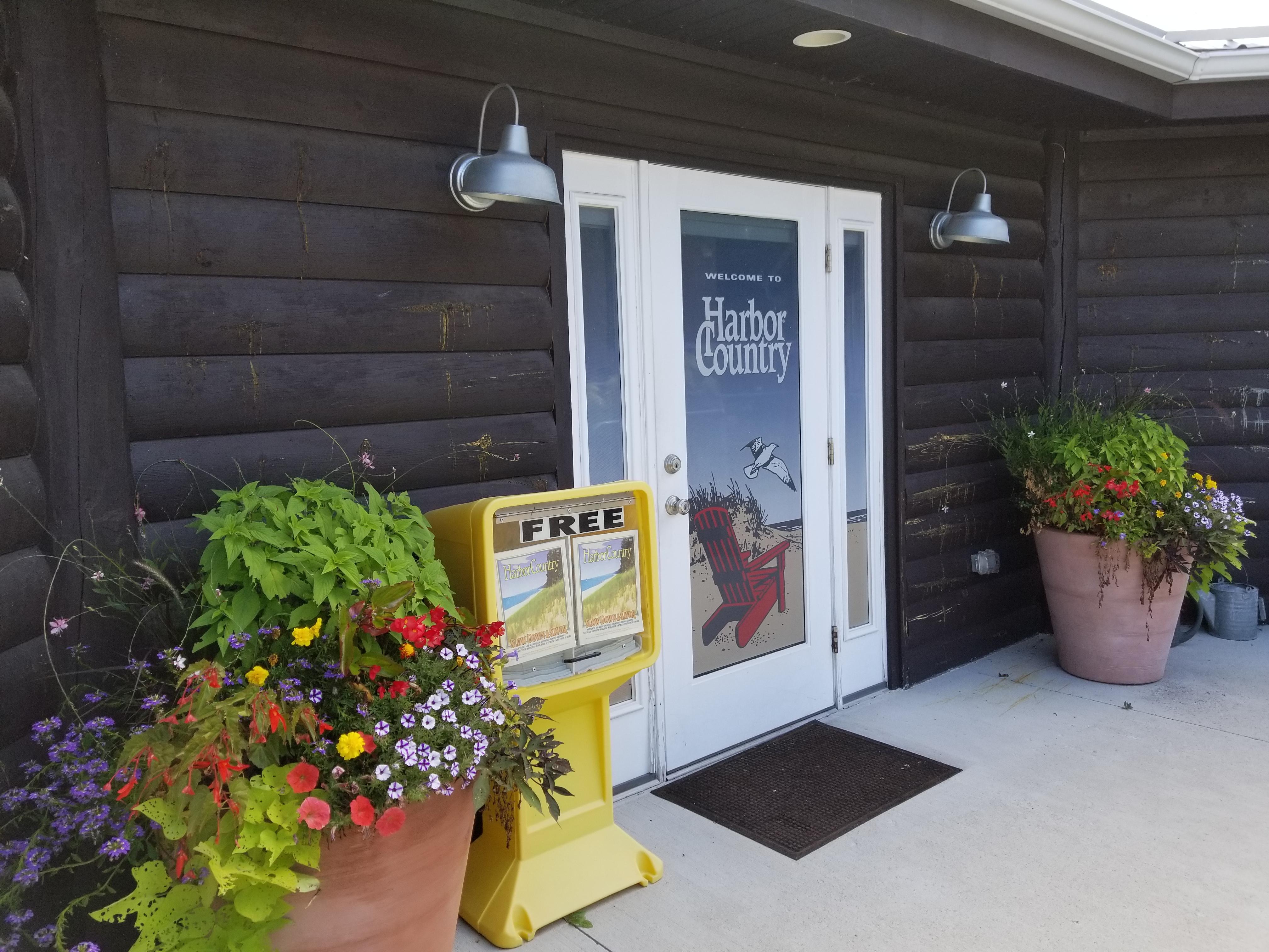 HCCC summer front entrance