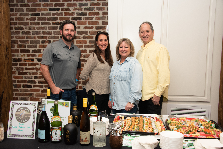 Audubon Market Family