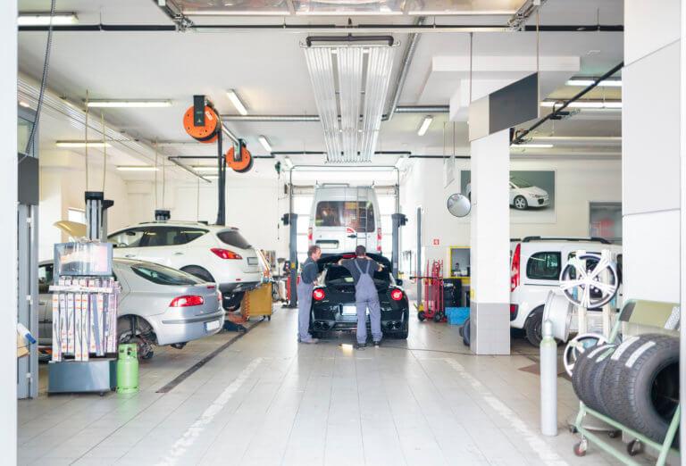 garage iStock-513706427-768x522