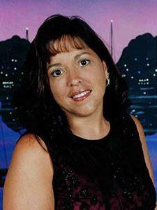 Annette Carsquillo