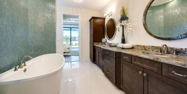 Arnold Roberts Main Bath