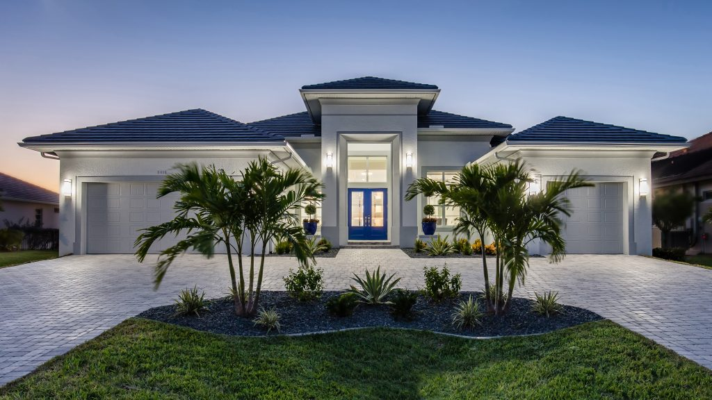 Web SWFL DreamHomes Cover Home Front Elevation