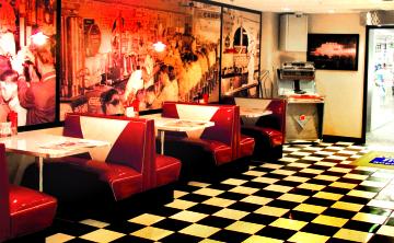 Norman & Vi Petty Rock & Roll Museum Diner