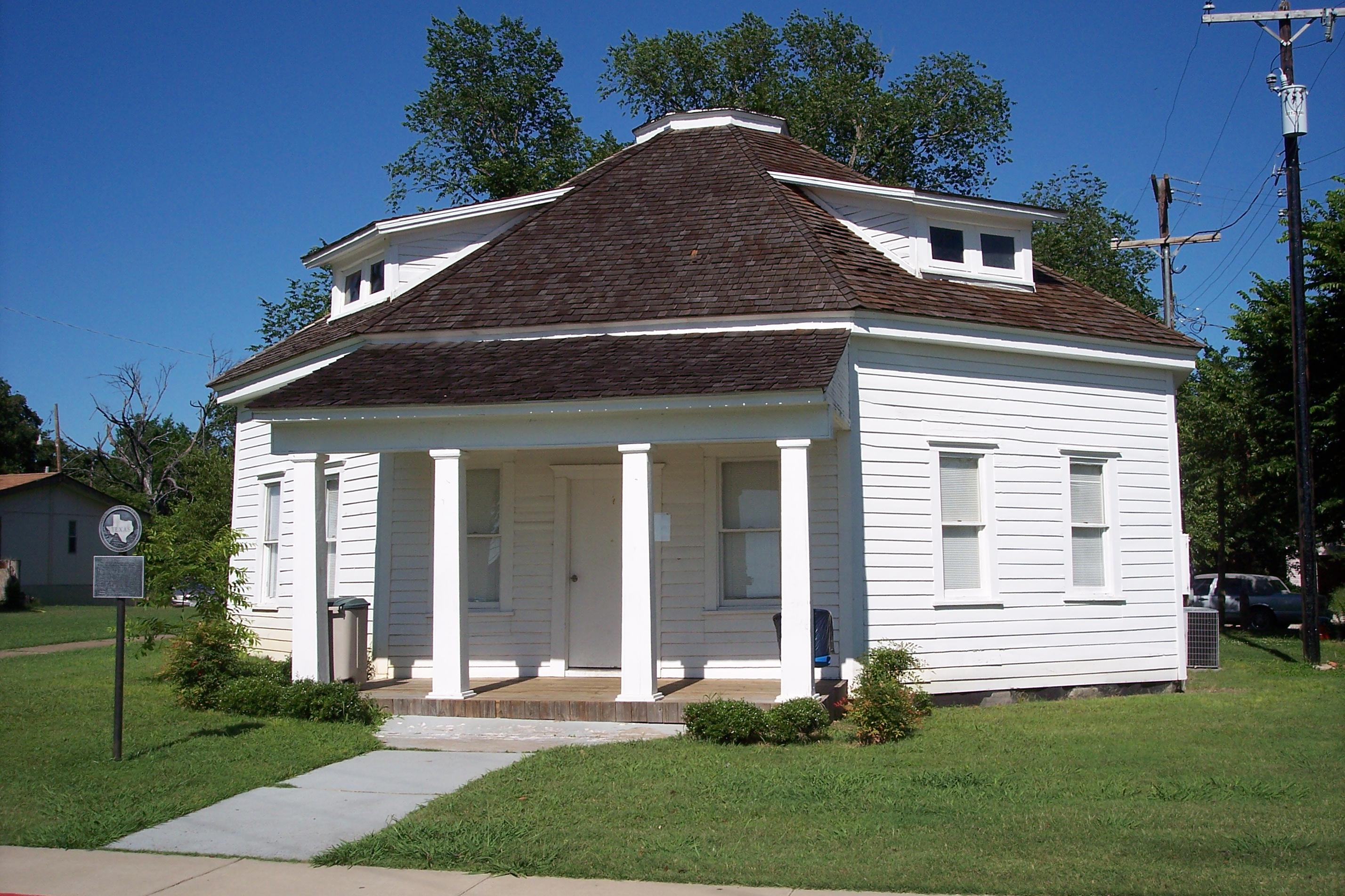 RA Terrell Round House