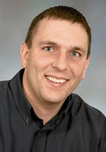Travis Williams Headshot