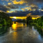 Willamette_River_Bike_Path_by_Mike_Shaw_-_RIGHTS_FREE_(2)_gallery