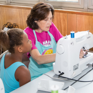 Sew Happy sewing lesson at sewing machine