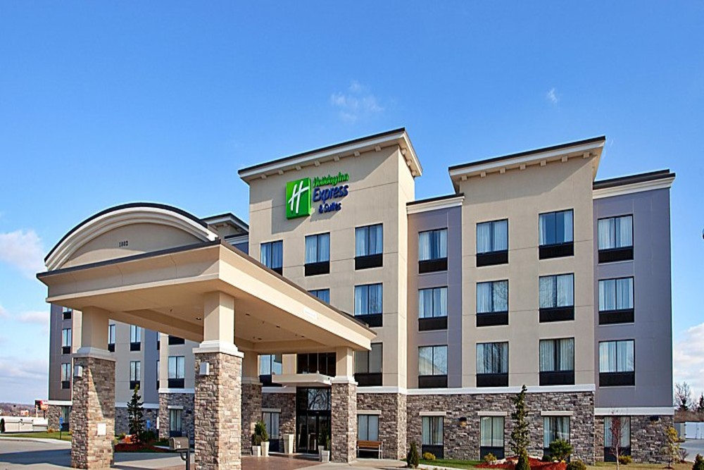 holiday-inn-express-and-suites-festus-a