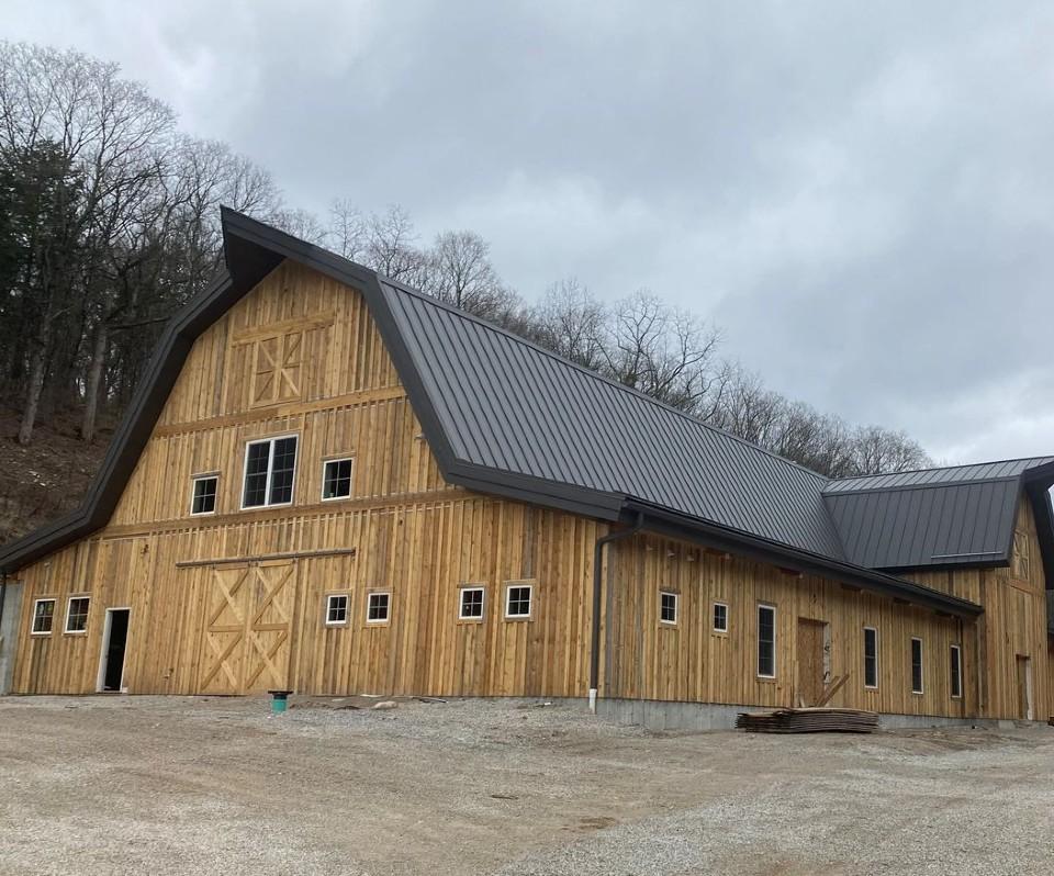 Pine Hollow Farms