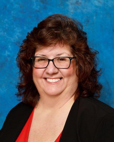 Lisa Lambarti Left