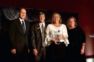Womens-Leadership-Award---Vicki-Davis-web