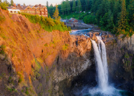 snoqualmie falls aerial view