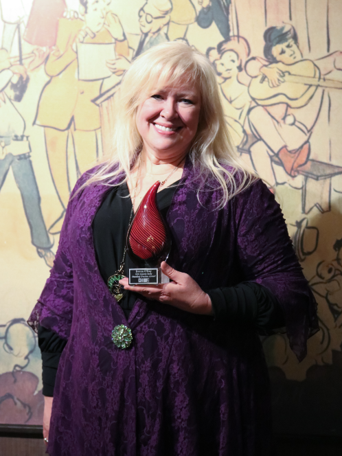 2020 Jeanne Seely Standing Ovation Award Recipient is Devon O'Day