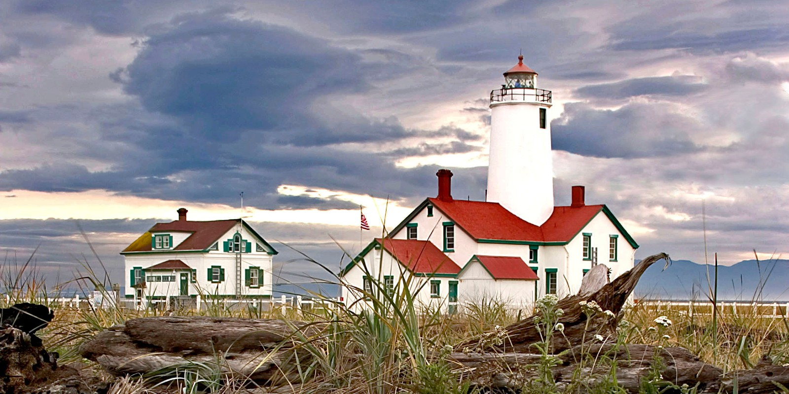 The New Dungeness Light Station at the tip of Dungeness Spit