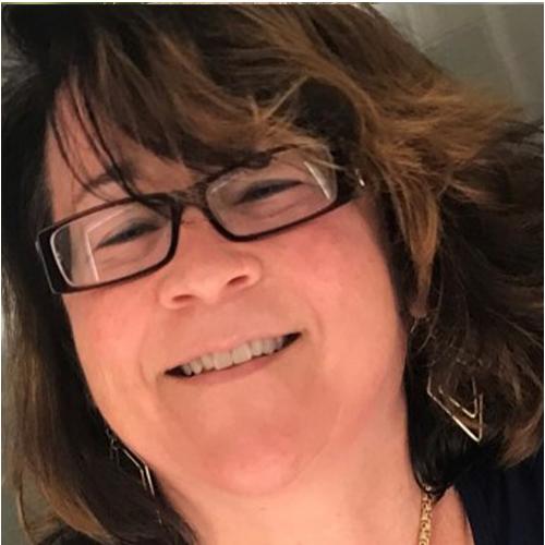 Suzanne Diggs Headshot