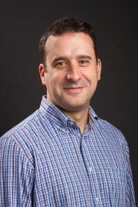 Dr. Carlos Fernandez-Hernando