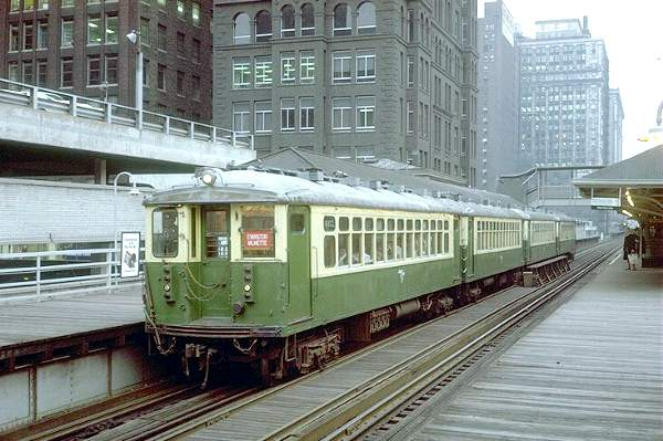 chicago_l_train_in_the_loop781