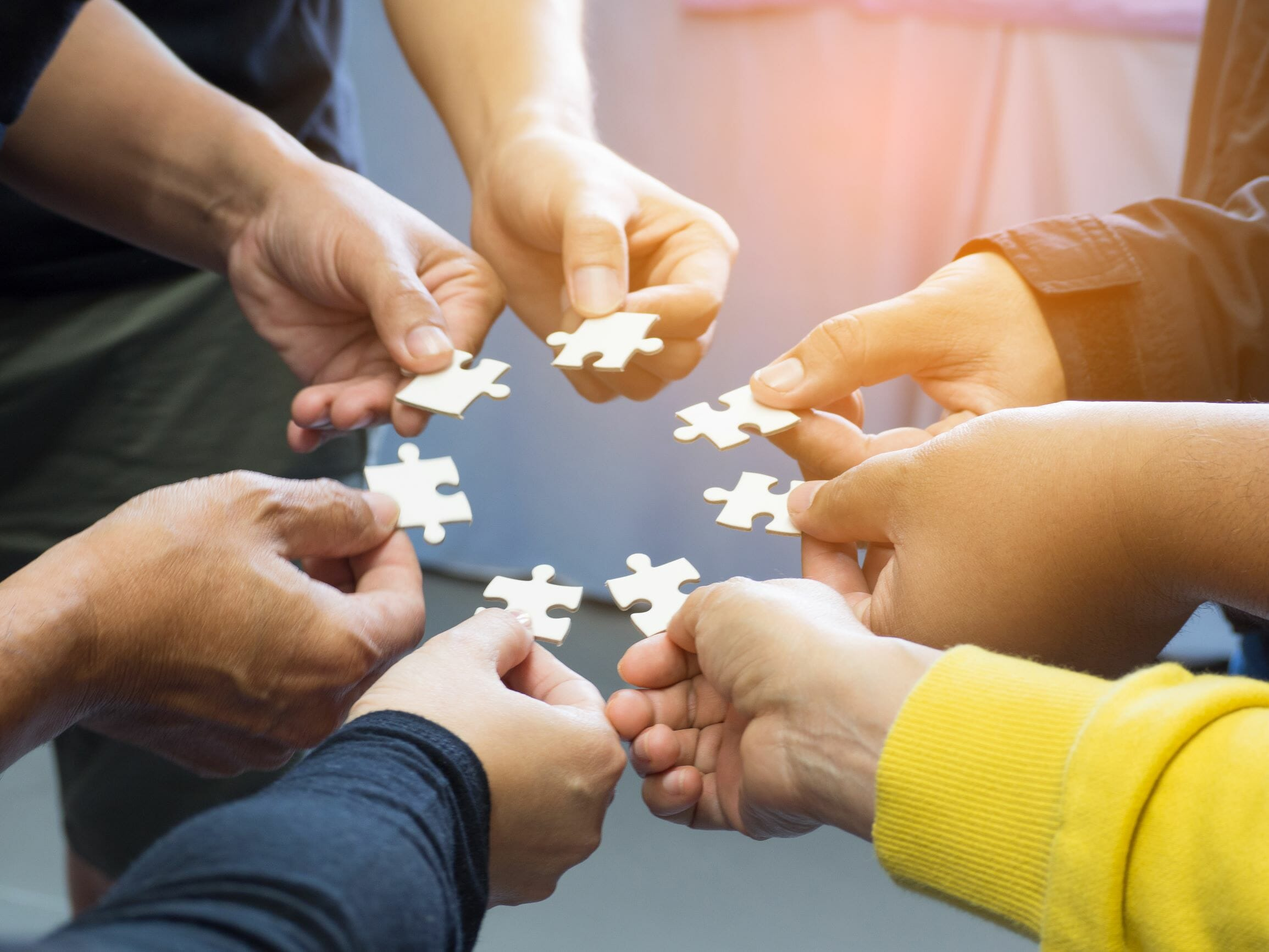 Collaborates image shutterstock_1028045047