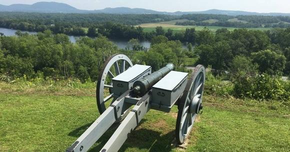 saratoga battefield cannon