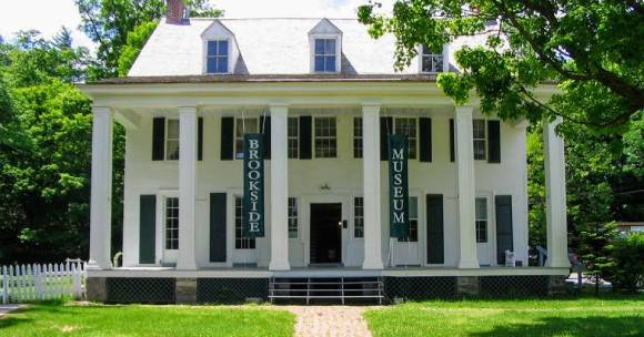 Exterior Brookside Museum