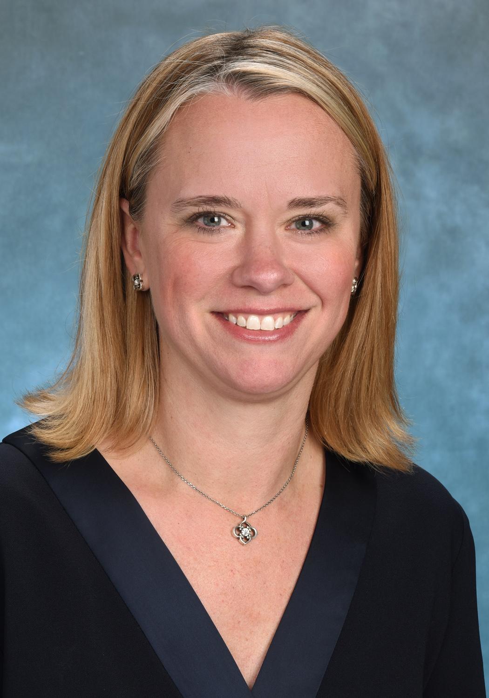 Courtney-Ophaug-CEO-Banner-Estrella (2)