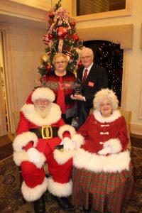 2019 Seiferts with Santa
