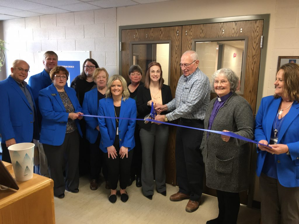 On February 27, 2020 the Ogden Ambassadors held a ribbon cutting at Immanuel Lutheran Child Care located at 119 SW 2nd Street in Ogden welcoming this daycare to their new location!