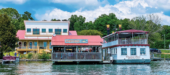 Portside and the Virginia Dare (Photo by J. Bohn Bishop)