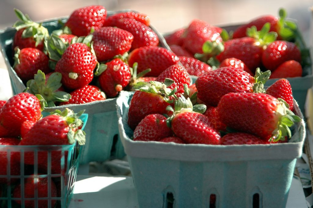strawberries-for-sale