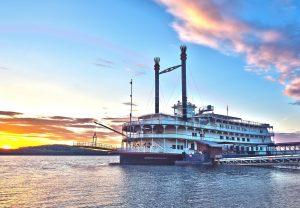 25. Showboat Branson Belle ext dock