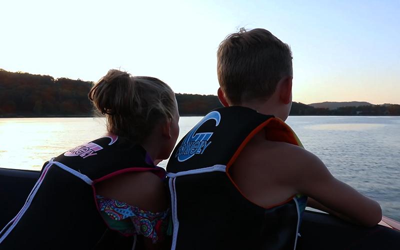 800 px kids lake
