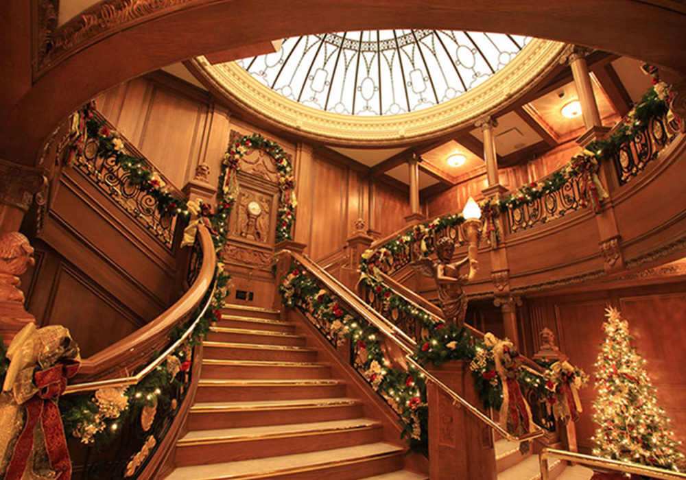 Titanic museum christmas