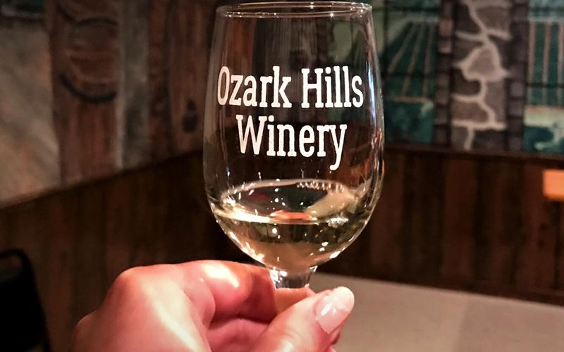 ozark hills winery wine tasting