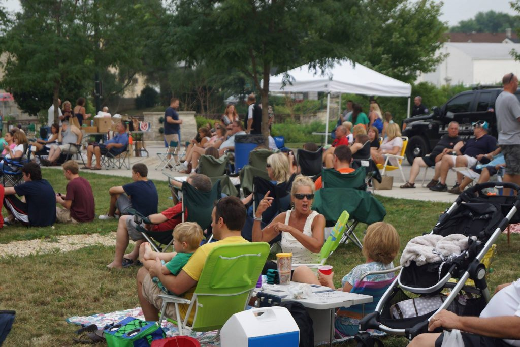Crowd listening to Giving Back to Lemont concert in 2015.